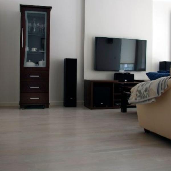 Nasza realizacja: podłoga dąb bielony lakierowany